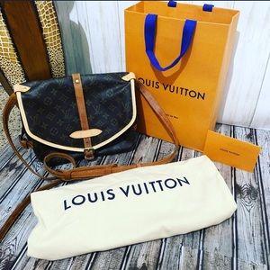 Authentic louis Vuitton Monogram Saumur 30